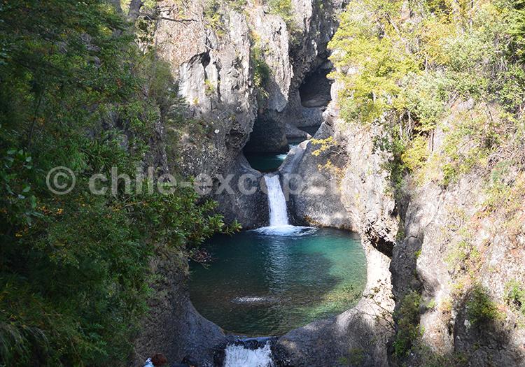 Partez au Chili dans la région du centre visiter les parcs Radal Siete Tazas et parc Inglés