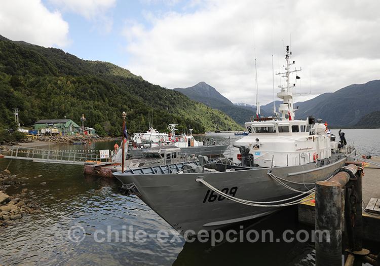Le port de Puerto Chacabuco, Fiord Aysen, Patagonie australe, Chili