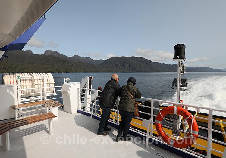 Se balader sur la lac San Rafael, depuis Puerto Aysén, Chili