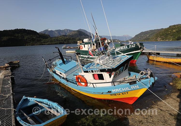 Ville de pêche Puerto Chacabuco, Lac San Rafael