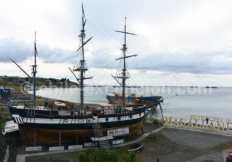 Musée Nao Victoria, Punta Arenas, Chili avec l