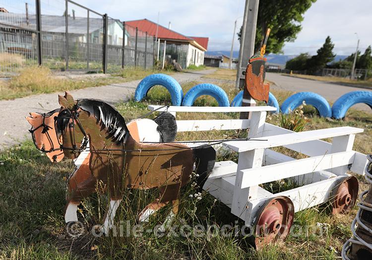 Statuette de cheval à l'aéroport de Balmaceda au Chili
