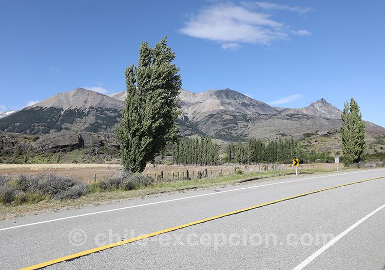 Prendre la route X-651 au Chili, Patagonie