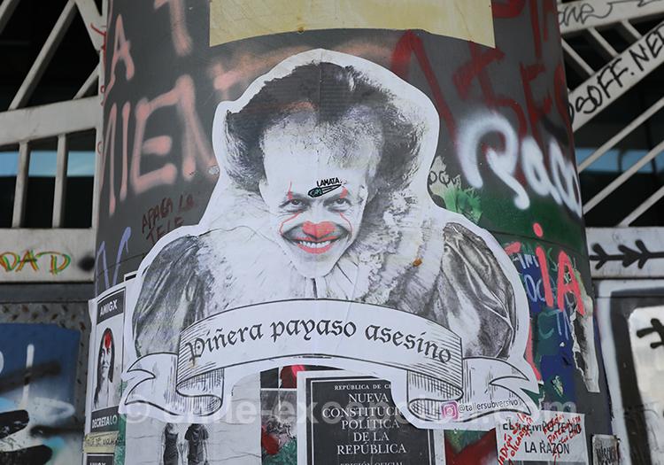 Le peuple traite le président chilien de clown