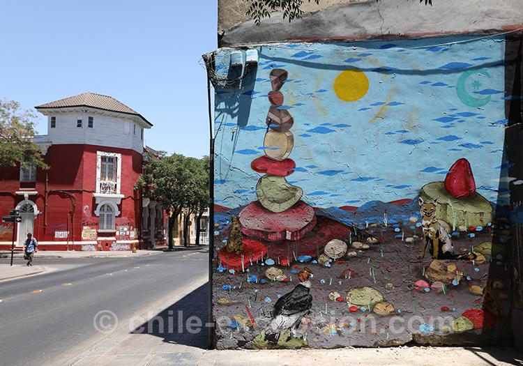 Le quartier de Yungay à Santiago est riche en street art avec l'agence de voyage Chile Excepción