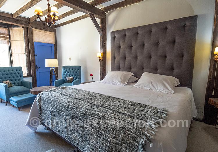 Lit king size de l'hôtel The Patagonian Lodge, le meilleur confort de la Patagonie chilienne, Coyhaique, Chili