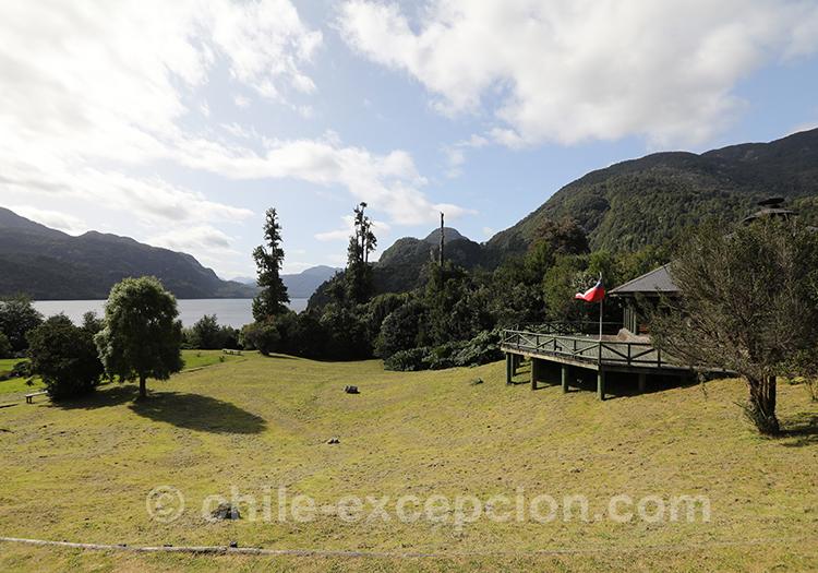 Parc Ayken et vue sur le lac Riesco, Chili