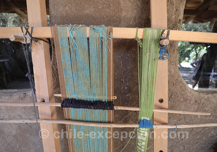 Fabrication de tissus à la maison d'hôte Caliboro, vallée del Maule, Chili