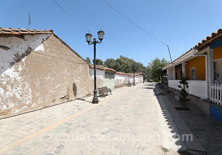Les rues de Paredones, village du centre du Chili
