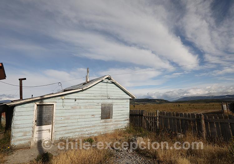 Maisonnette près de l'aéroport Balmaceda dans la Patagonie australe du Chili