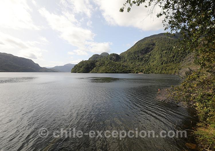 Lac Riesco, dans le parc Ayken en Patagonie chilienne
