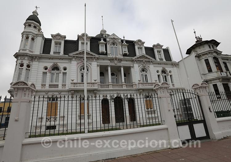 Découvrir la ville basse de Valparaiso , Centre Chili