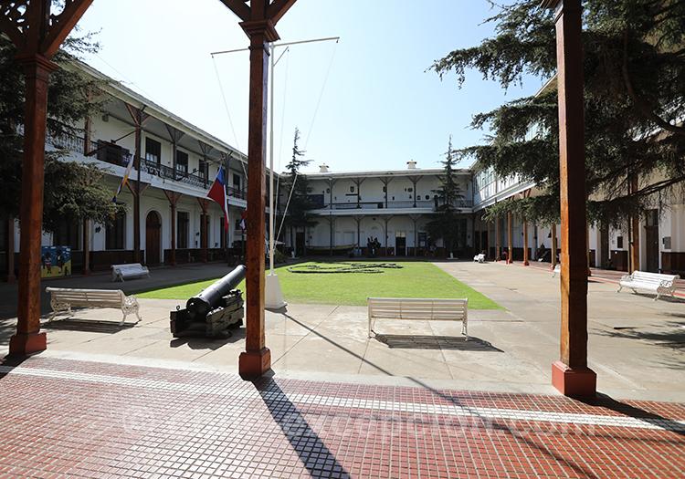 Cour du musée Maritime National, Valparaiso