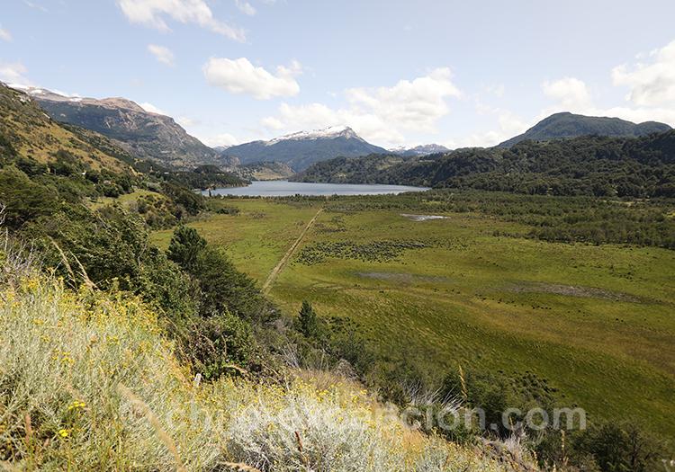 Lac Elizalde, proche de Coyhaique, Patagonie, Chili avec l'agence de voyage Chile Excepción