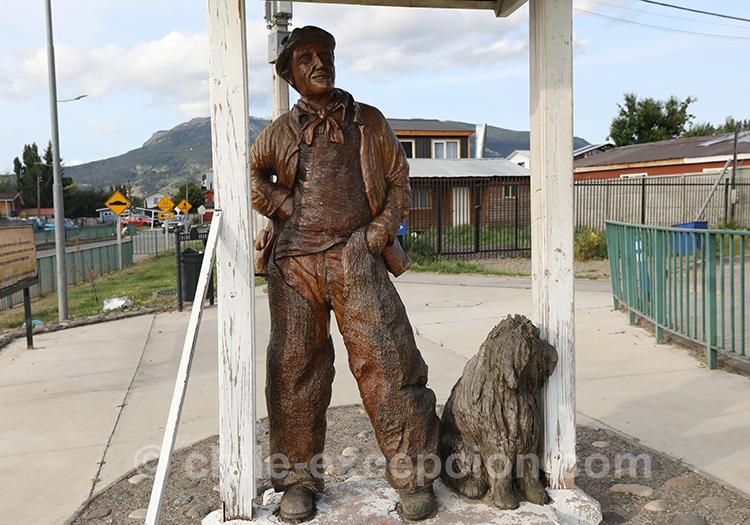 Statue de Coyhaique, Chili