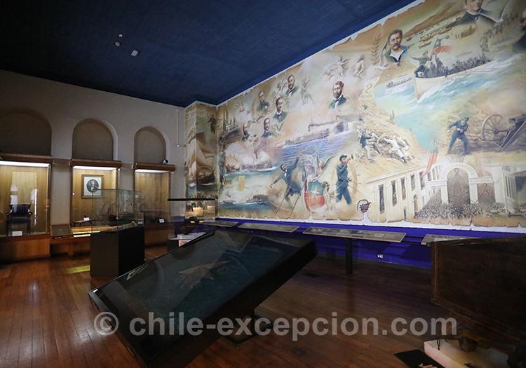 Aller voir le musée maritime National, Valparaiso