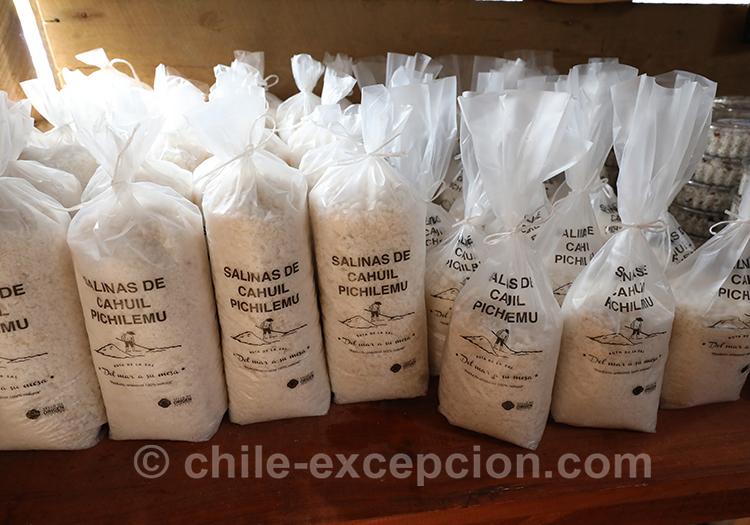 Sachets de sel à vendre à Cahuil, Chili