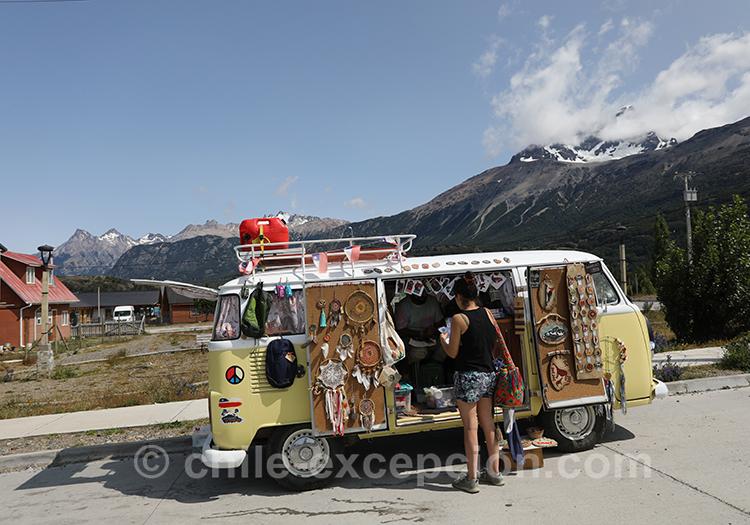 Minibus du petit village Cerro Castillo, Chili