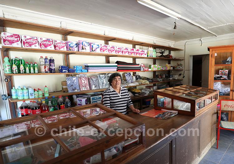 Petit kiosque du village de Paredones au Chili