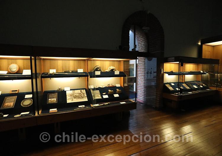 Objets en exposition au musée maritime de Valparaiso