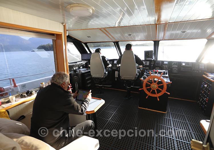Cabine du capitaine sur le ferry sur le fjord Aysen