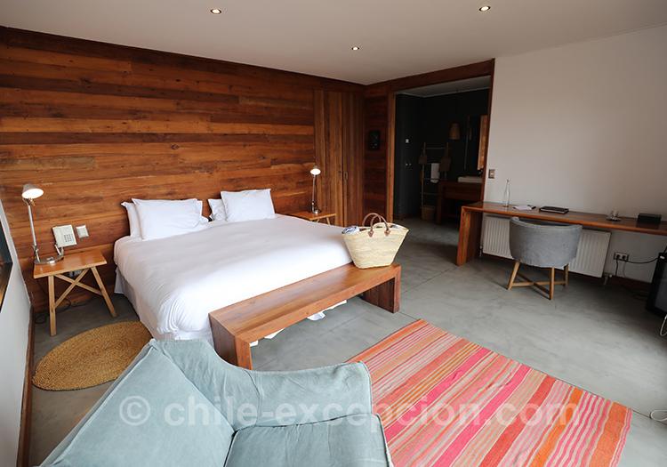 Grande chambre matrimoniale à l'hôtel Alaia, Pichilemu, Chili