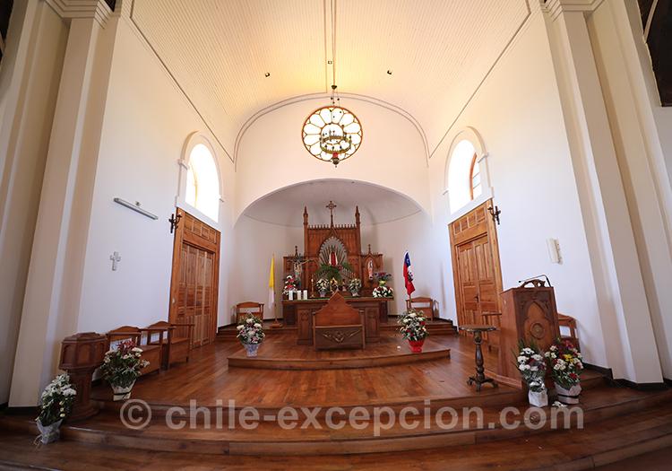 L'autel de l'église de Paredones, Chili