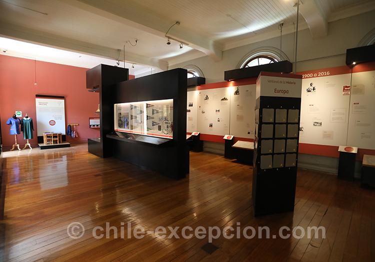 Salle d'exposition au musée de l'Education Gabriela Mistral, Chili
