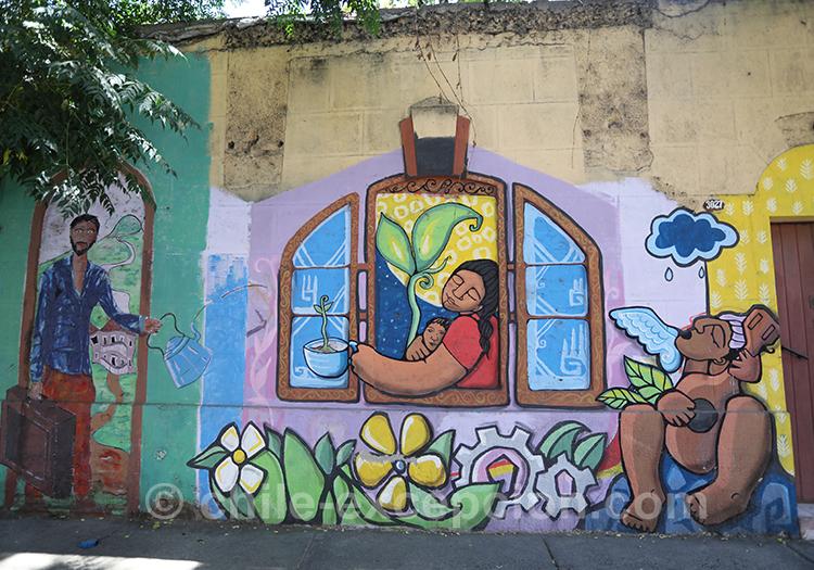 Dessin de fenêtre sur mur à Santiago