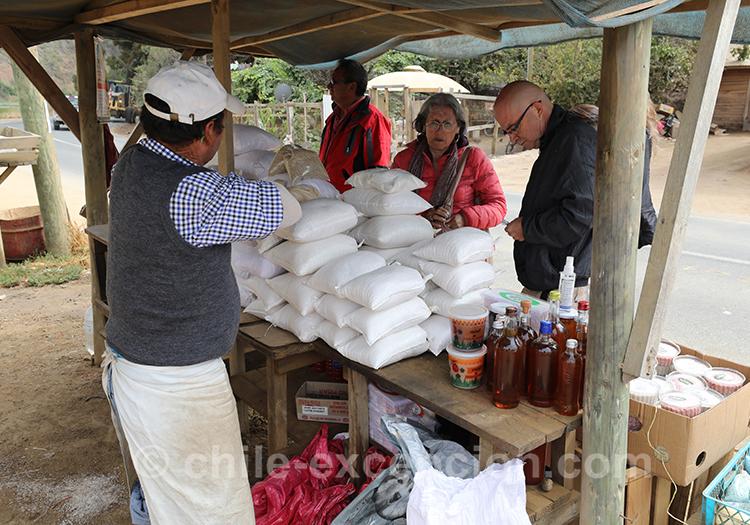 Vente de sel à Cahuil, salines du Chili