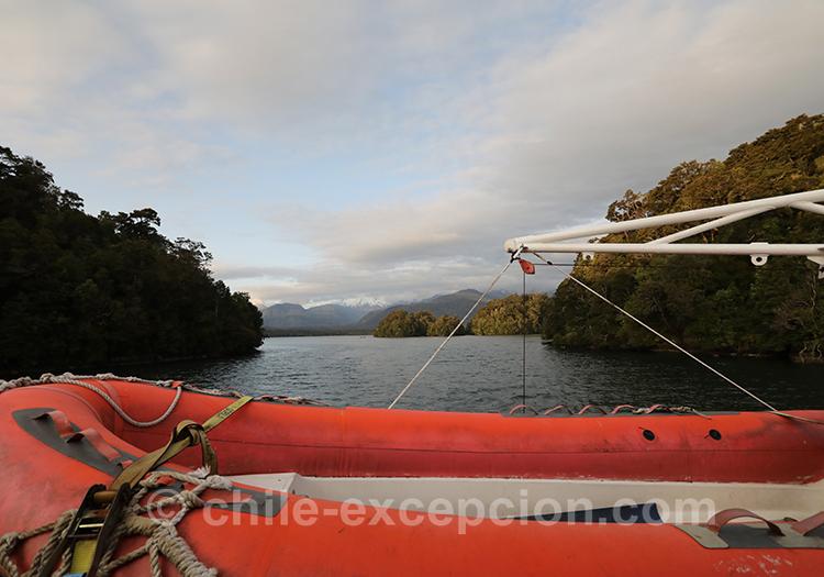 Croisière en bateau sur le fjord Aysen au Chili