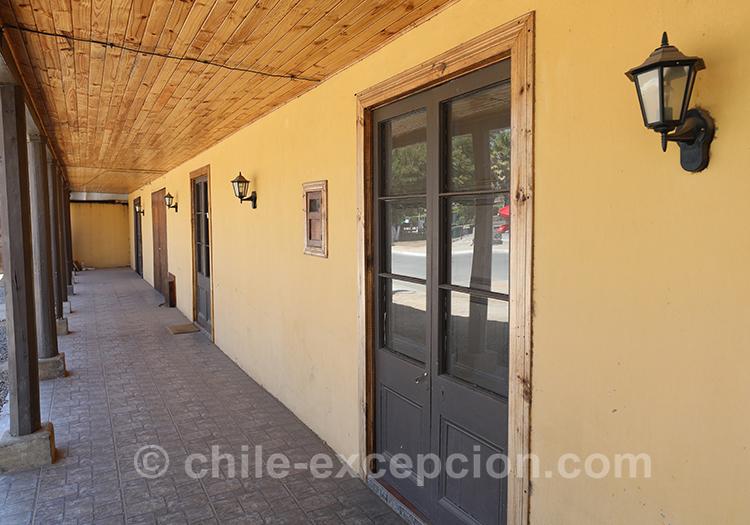 Sous le haut-vent à Paredones, village du centre du Chili