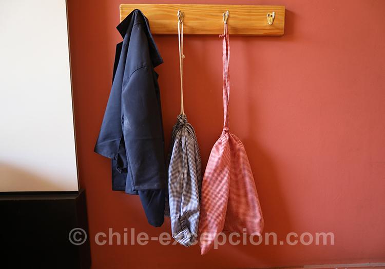 Vêtements d'écolier au Chili, Musée de l'Education, Gabriela Mistral