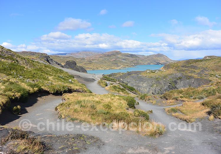 Randonnée pour se rendre au Mirador Cuernos, Paine, Chili