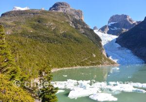 Marche mirador glacier Serrano