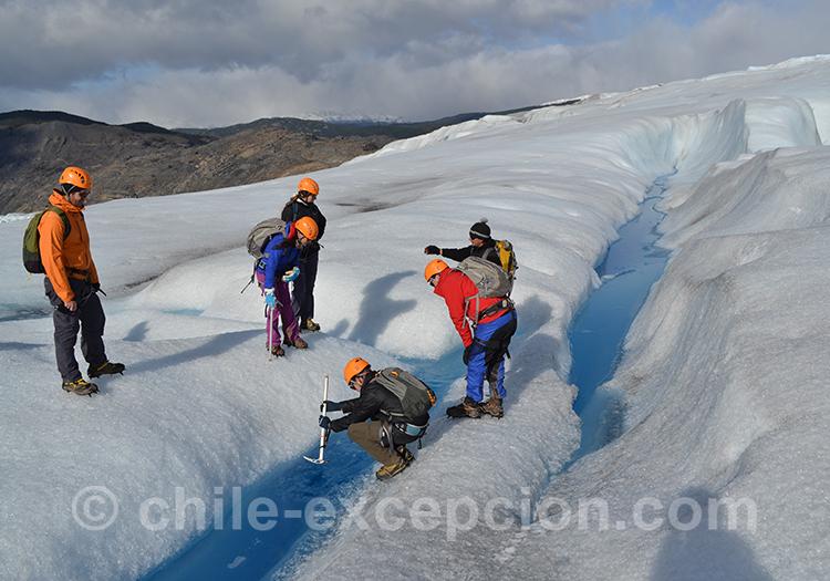 Trekking sur la glace de Torres del Paine, Chili