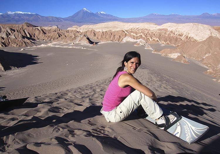 Surf dans la vallée de Mars à Atacama