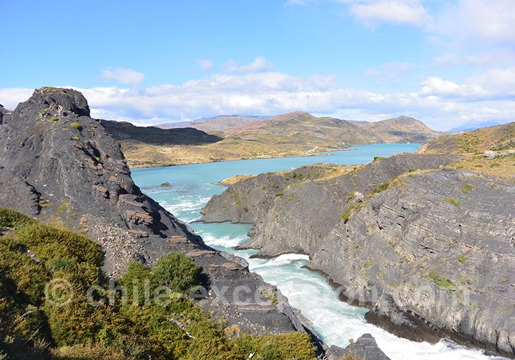 Belle randonnée sur Torres del Paine, Mirador Cuernos