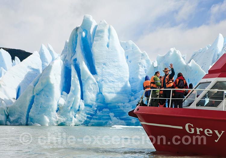 Aller voir des glaciers en bateau