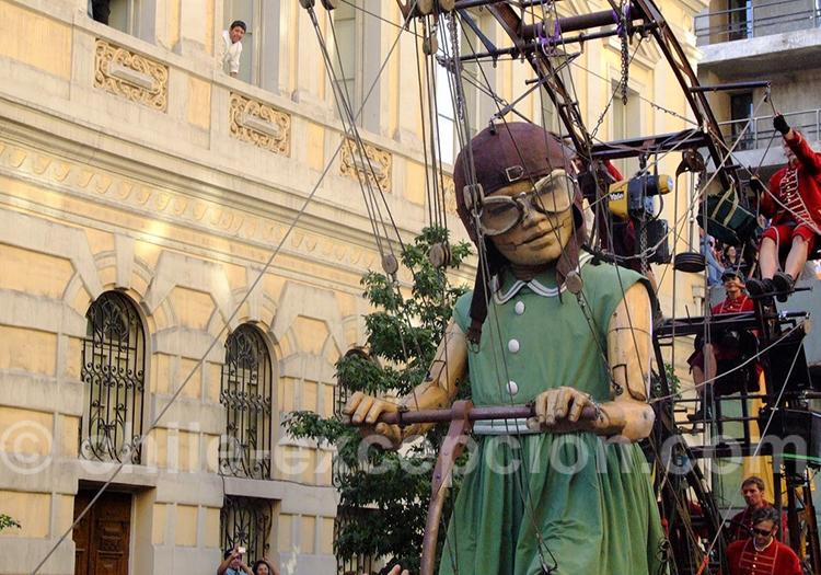 La Pequeña gigante, festival de Théâtre de Santiago
