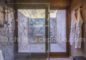 Hôtel Cumbres Atacama, douche extérieure