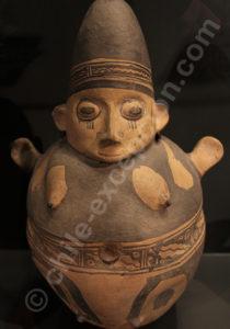 Figure féminine, culture Chancay 1000 - 1430 apr.J.-C.