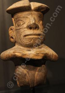 Figure humaine, culture Chavin 1000 - 400 av.J.-C.
