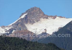 Sommet voisin du volcan Yate
