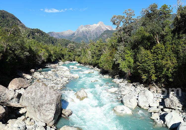 Rio Blanco Hornopirén