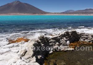 Thermes d'eau chaude de la laguna Verde, parc Nevado Tres Cruces