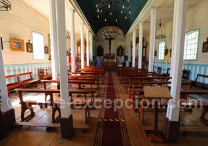 Intérieur de l'église de Cochamo