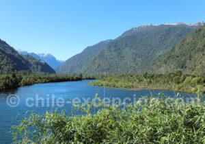 Embouchure du río Cochamó