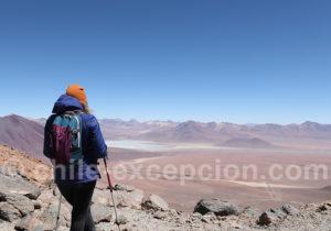 Vue de la Bolivie depuis le volcan Toco