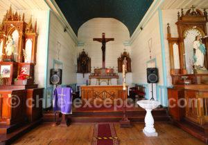Coeur de l'église de Cochamo